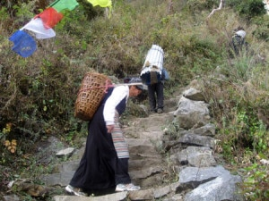 mountain-people-300x225.jpg