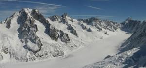 Photo of Monte Bianco, tragedia sul versante francese: sei alpinisti morti. Forse una valanga