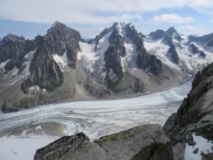 Photo of Alpinisti francesi morti sul Bianco, esclusa l'ipotesi della valanga