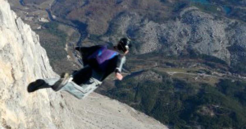 Steph_Davis_wingsuit_BASE_brento-300x266.jpg
