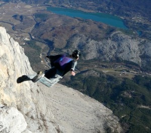 Photo of Trentino, Base jumper spagnolo muore sul Monte Brento