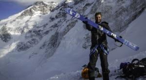 """Photo of Un italiano sul Pobeda Peak: intervista a Carlalberto """"Cala"""" Cimenti"""