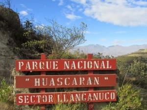 Ingresso-del-Parco-nazionale-dello-Huascaran-photo-www.thehuaraztelegraph.com_-300x224.jpg