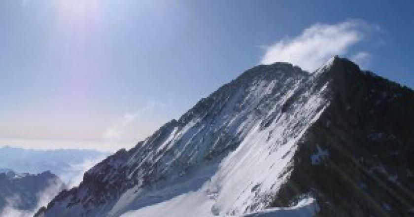 1024px-Barre_Ecrins_depuis_Dome_de_neige-300x221.jpg