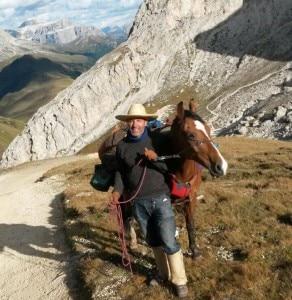 Photo of Dolomiti Unesco Walk, un'avventura di 700 chilometri a piedi e a cavallo
