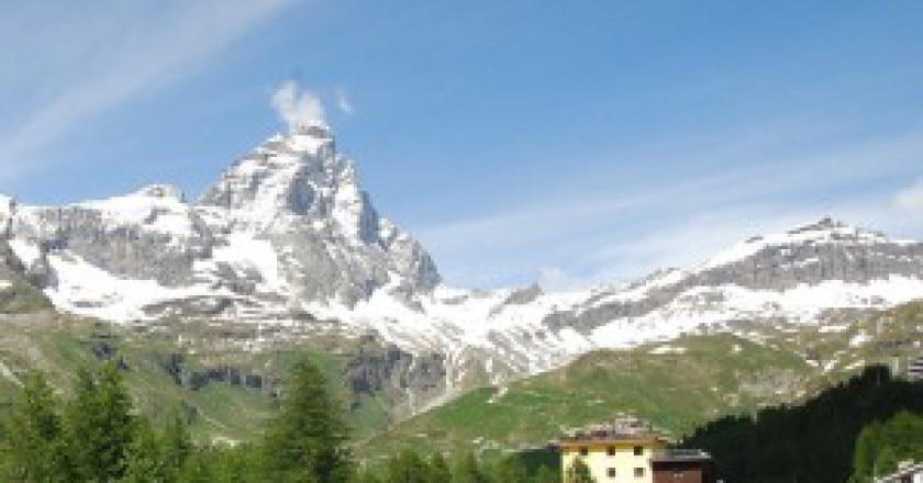 1280px-Matterhorn_from_Val_Tournenche-300x223.jpg