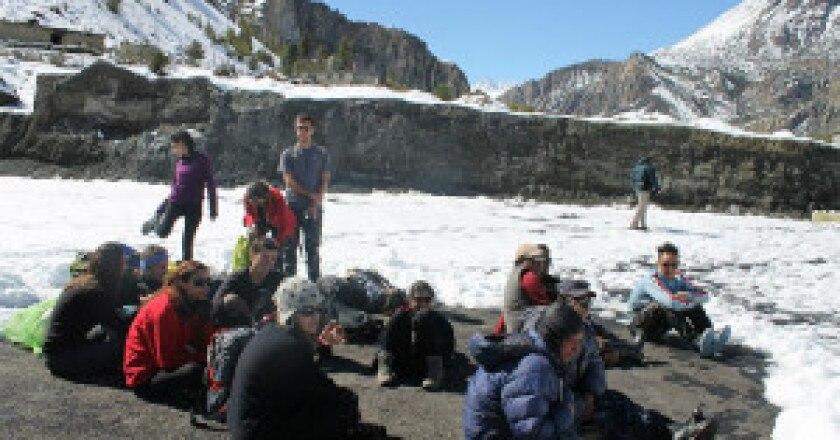 Annapurna-Rescue-2-300x199.jpg