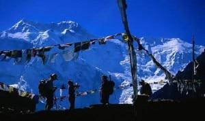 Photo of Nepal, dopo la tragica bufera nuove regole per il trekking?