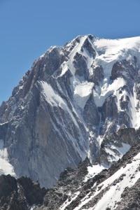 Photo of Monte Bianco, salvati alpinisti bloccati da due giorni sul versante italiano