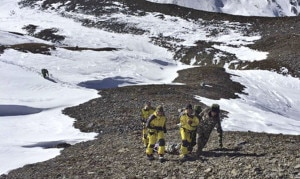 Photo of Himalaya: trovati i corpi dei 5 alpinisti del Dhaulagiri, ancora un centinaio i dispersi