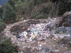 Photo of Everest: un laboratorio sulla qualità dell'acqua a un nuovo smaltitore di rifiuti