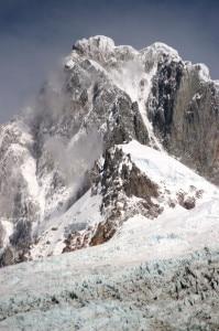 San-Lorenzo-versante-nord-Foto-Hervé-Barmasse-UP-Trip-Two-199x300.jpg