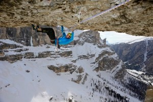 "Photo of Sulle ali ""dell'Albatros"", Florian Riegler libera la via al Col Turont in Dolomiti"