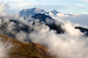 """Photo of A novembre le Guide alpine Lombardia """"regalano"""" arrampicate ed escursioni"""