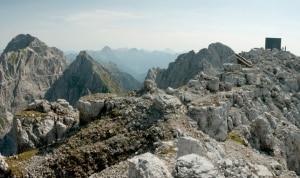 Photo of Colpito da un masso sul gruppo del Montasio: ferito alpinista