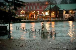 L'esondazione del Lago Maggiore, sponda veresina (Photo Franco Aresi courtesy of Ansa)