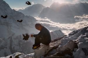 Photo of Everest, Sherpa, storia e tragedia nel novembre del National Geographic