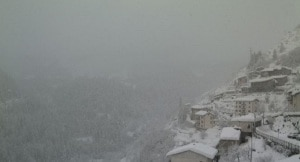 nevicata-photo-courtesy-meteolive.leonardo.it_-300x162.jpg