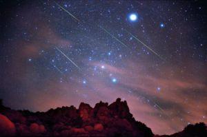 Photo of Naso all'insù, per Santa Lucia arrivano le stelle cadenti
