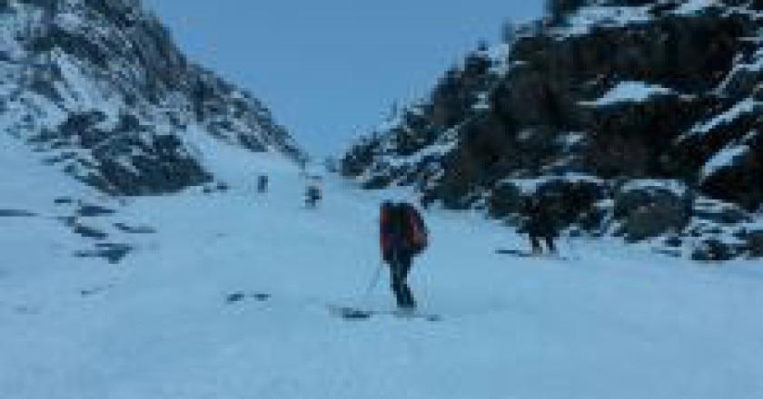 Intervento-al-Pizzo-Tre-Signori-Photo-facebook-Soccorso-alpino-Lombardo-225x300.jpg