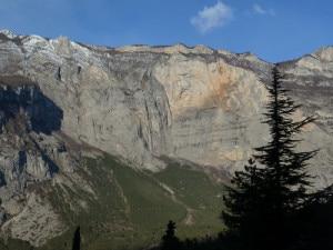 Photo of Monte Brento, un altro base jumper perde la vita sul Becco d'Aquila
