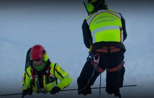 Photo of Valanghe sulle Alpi: salvi due scialpinisti su Cima Beccher, un morto nel Vallese