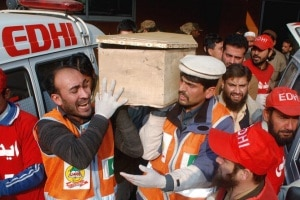 Photo of Strage in Pakistan: intervista da Peshawar ad Ashiq Khan
