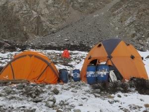 Photo of Mackiewicz e la Revol al campo base, anche Alex Txikon al Nanga per tentare l'invernale