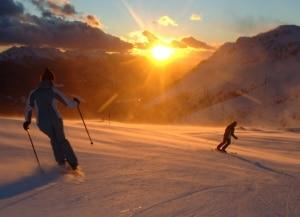 Photo of Torna Trentino ski sunrise, sciare sulle piste alle prime luci del mattino