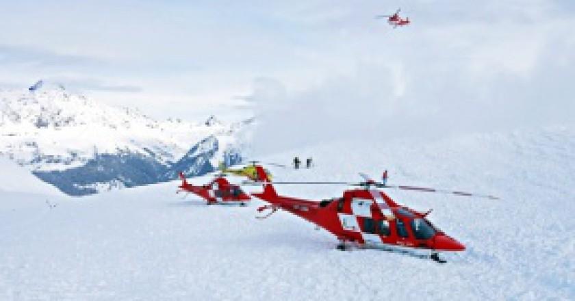 Altri-3-morti-in-valanga-sulle-Alpi-Svizzere-photo-rega_handout_epa-snowbrains.com_-300x180.jpg
