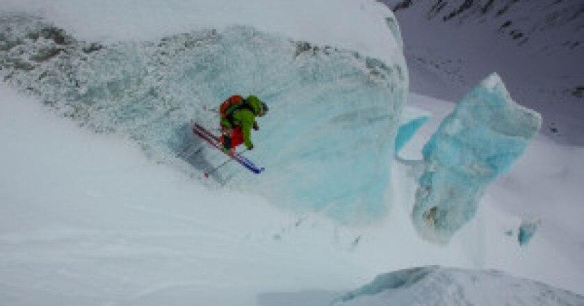 Click-on-the-mountain-in-vincitore-2013-fotografo-Richard-Felderer-Skier-Giuliano-Bordoni-300x180.jpg
