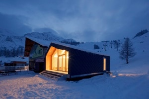 """Photo of Nuova """"ecosede"""" per la scuola sci e snowboard di Courmayeur"""