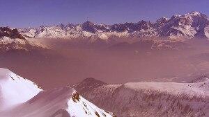 Photo of Monte Bianco: allarme smog sul versante francese. La valle di Chamonix è la più inquinata di Francia