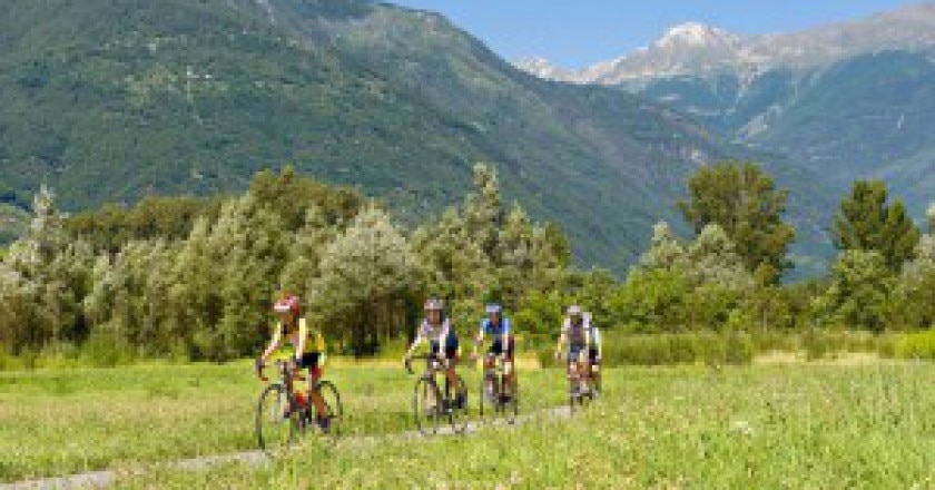 Sentiero-Valtellina-300x200.jpg
