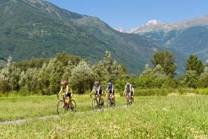 Photo of In bici fra le montagne: Redbull premia il Sentiero Valtellina