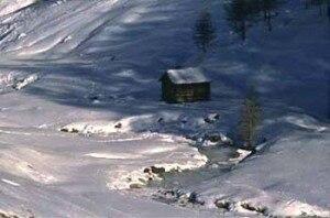Photo of Livigno, freerider finisce in un gelido torrente