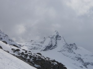 Photo of Gran Paradiso, notte in truna per due scialpinisti disorientati dal buio