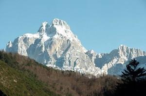 Photo of Escursione sul Montasio, muore a soli 37 anni per un malore