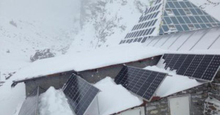 Snow-Pyramid2-300x225.jpg