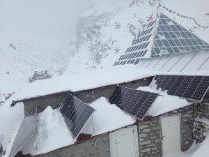Photo of Incredibili nevicate in Nepal: oltre un metro al Laboratorio Piramide