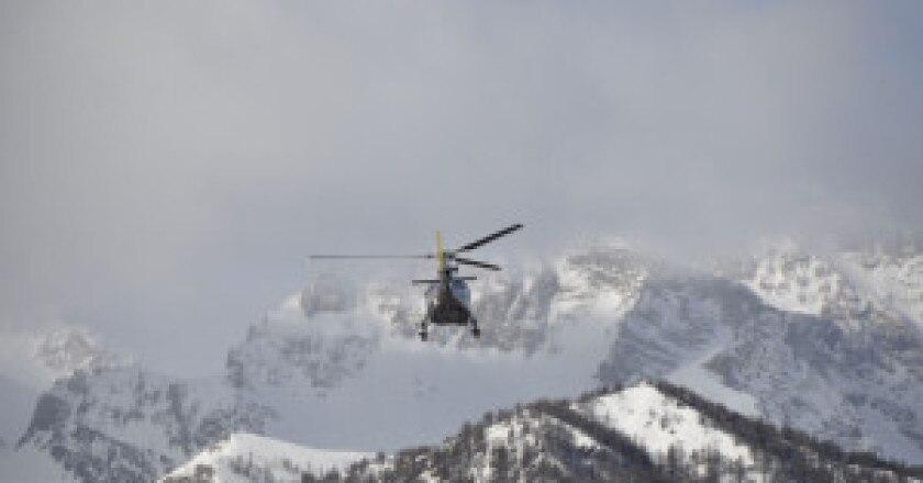Soccorso-alpino-photo-archivio-Soccorso-alpino-Sauze-d'Oulx-300x199.jpg