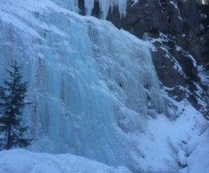 Photo of Sottoguda, ice climber colpito da un blocco di ghiaccio