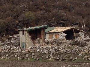 Photo of Terremoto Nepal: i villaggi di montagna devastati e isolati