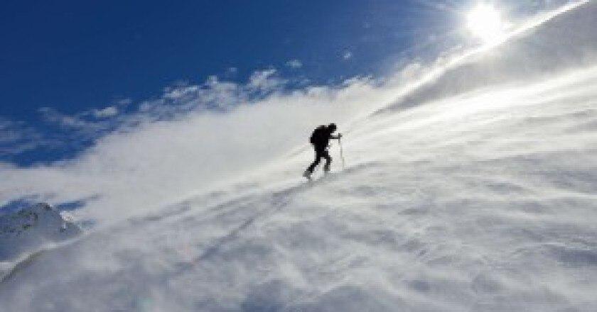 Alone-into-the-wind-Matteo-Pozzi-300x210.jpg