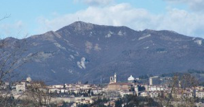 Canto-Alto-foto-Luigi-Chiesa-wikipedia-commons-300x200.jpg