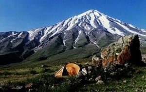 Photo of Iran, una spedizione al Monte Damavand aperta ai giovani alpinisti