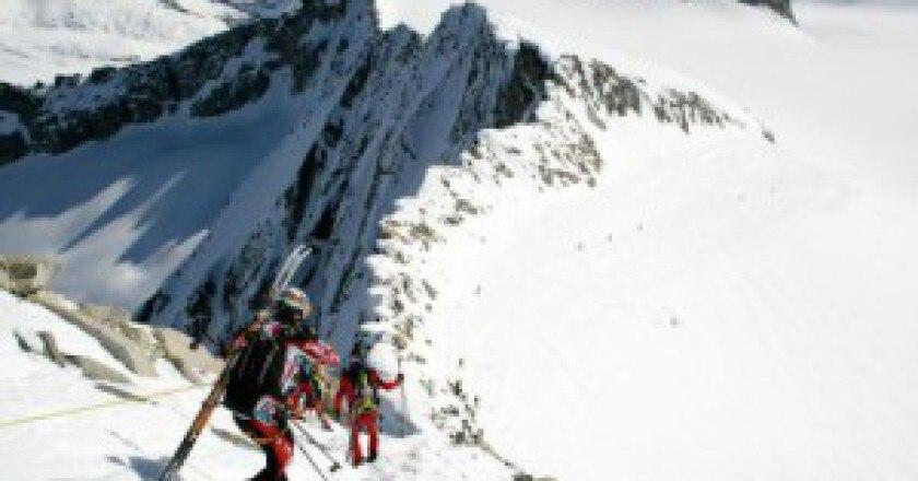 n_Adamello-Ski-Raid-a_b-300x200.jpg