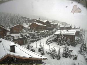 Photo of Neve su tutte le Alpi, a Livigno 20 cm. Freddo e temporali fino al weekend