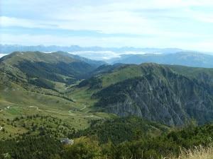 Photo of Scivola sul ghiaione e cade per 15 metri, escursionista ferito sul Grappa