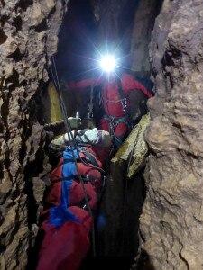 Photo of Recupero a 200 metri sotto terra: racconto e foto dell'addestramento del Soccorso alpino